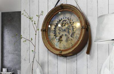 Ceasuri decorative pentru o viata intreaga